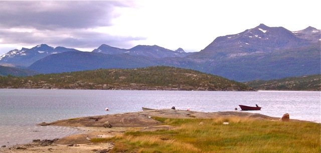 Hillingan Richtung Veggfjell im Sommer